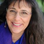 Nina Amir Headshot