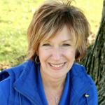 Michelle Weidenbenner headshot